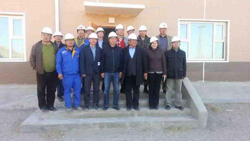 Эрчим хүчний яамны бүрэлдэхүүн Ховд аймгийн Дулааны станц дээр ажиллаж байна